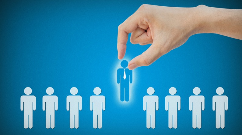 how to use crowdsourcing to find great employees